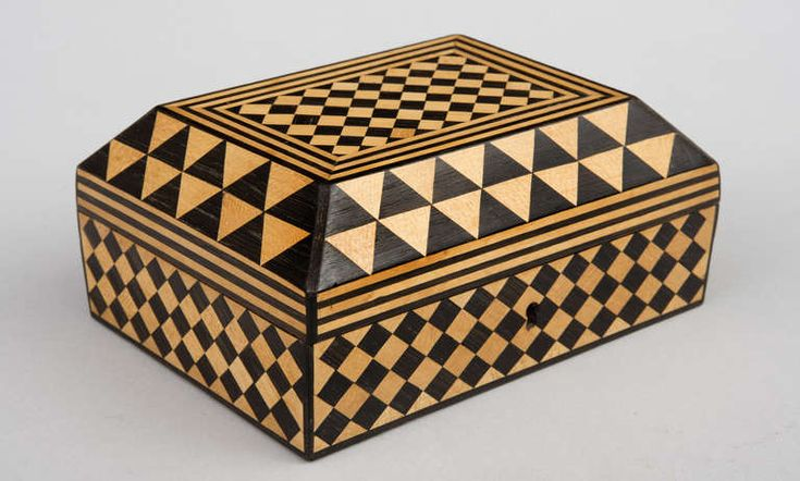 Antique Satinwood & Rosewood Parquetry Box, 18th Century image 2