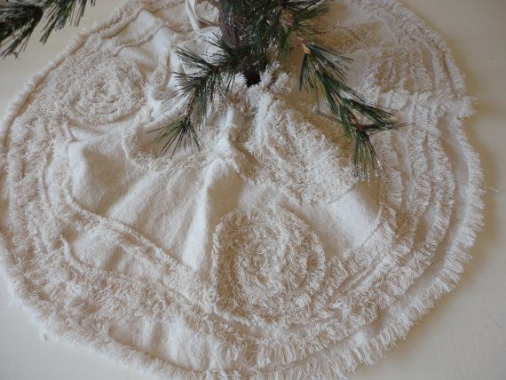Christmas Tree Skirt Oatmeal Holiday Table Shabby Chic Handmade Holiday Décor GETTN SASSY Collection The newest and, I must say, my favorite tree skirt,