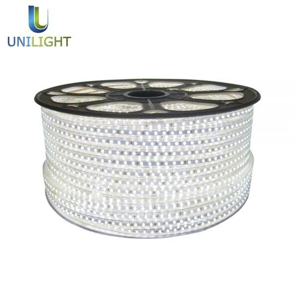 aranżacji #wnętrz są #taśmy #LED, które pozwalają na efektowne podświetlenie wybranych @ http://www.unilight.com.pl/pl/wybierz-produkt/tasmy-led.html