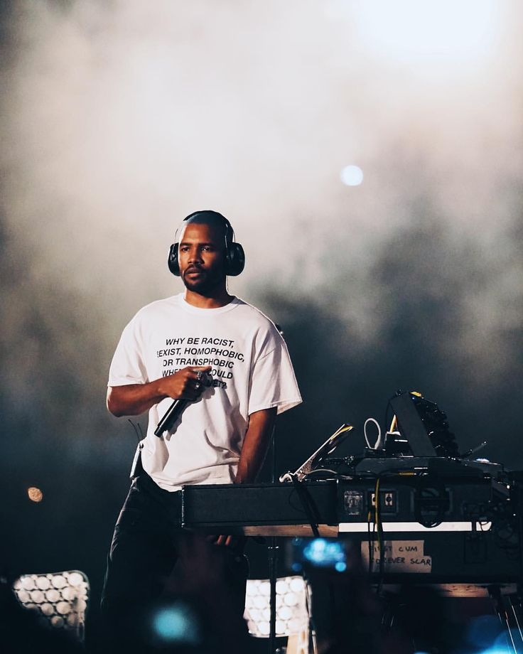 "STREET DREAMS (@streetdreamsmag) on Instagram: ""#SDMsounds : @jnsilva + Frank Ocean x @panoramanyc . . . Share your images own Music + Live…"""