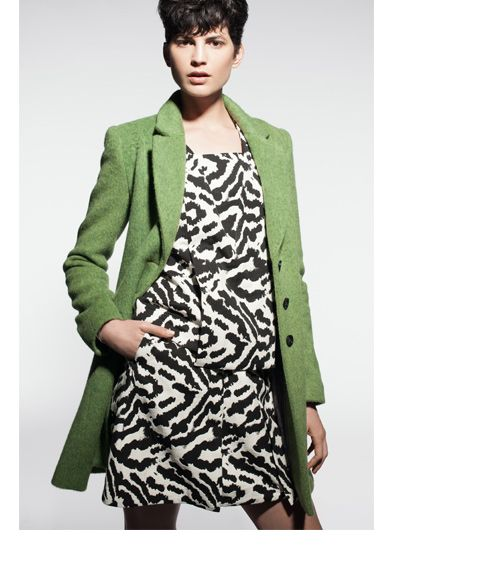 Green coat from @Cue Clothing Co  @Westfield New Zealand #colourfulcoat #winter