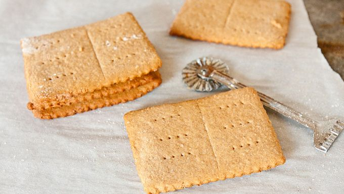 Homemade Graham Crackers--These crunchy crackers are sure to please kids of all ages.  @Shawnda Hicks Hicks Hicks