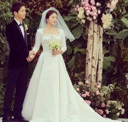 Tiết lộ chi phí tổ chức đám cưới SongSong Couple