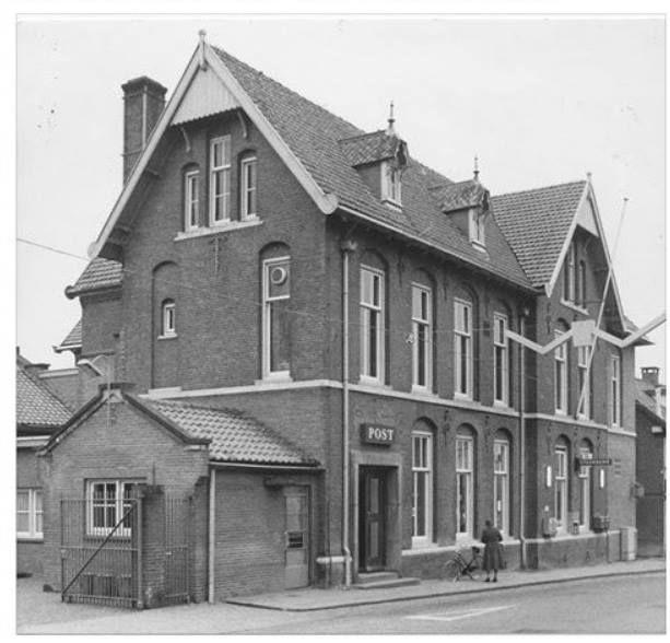 Het oude postkantoor van Ede, rond 1981.
