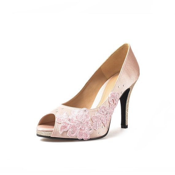 Check out this item in my Etsy shop https://www.etsy.com/uk/listing/269811183/jackie-amia-nude-peep-toe-pumps-peach