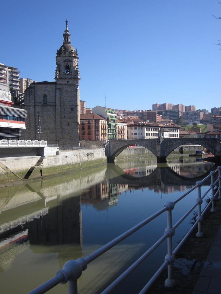 Iglesia y puente de San Antón, Bilbao