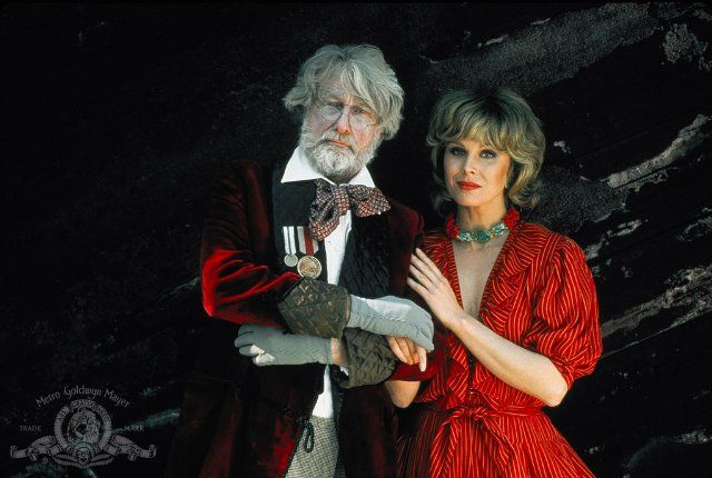 Still of Joanna Lumley and Richard Mulligan in Trail of the Pink Panther (1982)