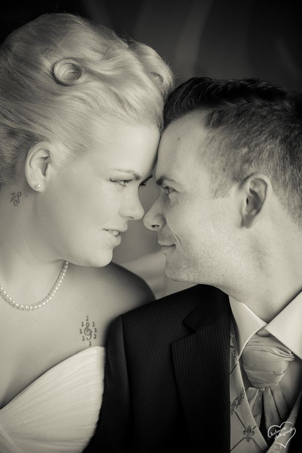 #plussizebride #curvybrides {Real Plus Size Wedding} Norwegian Wedding | Chalmers Photography | Pretty Pear Bride | See more here: http://prettypearbride.com/real-plus-size-wedding-norwegian-wedding-chalmers-photography/ | Submit yours here: www.prettypearbride.com/submissions