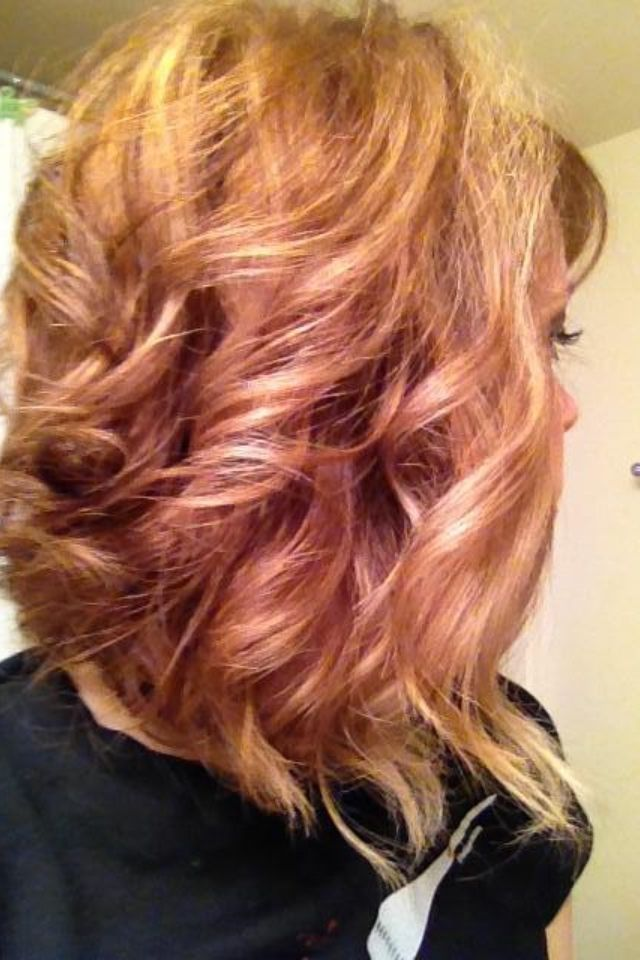 Copper Lowlights Amp Blonde Highlights Curly Swing Bob Hair