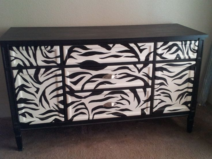 Zebra dresser<3