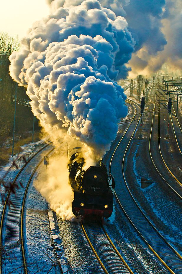 Steam Trains - Full steam ahead in -12 degree weather - Dampflok, Jena-Göschwitz, Thüringen, Germany