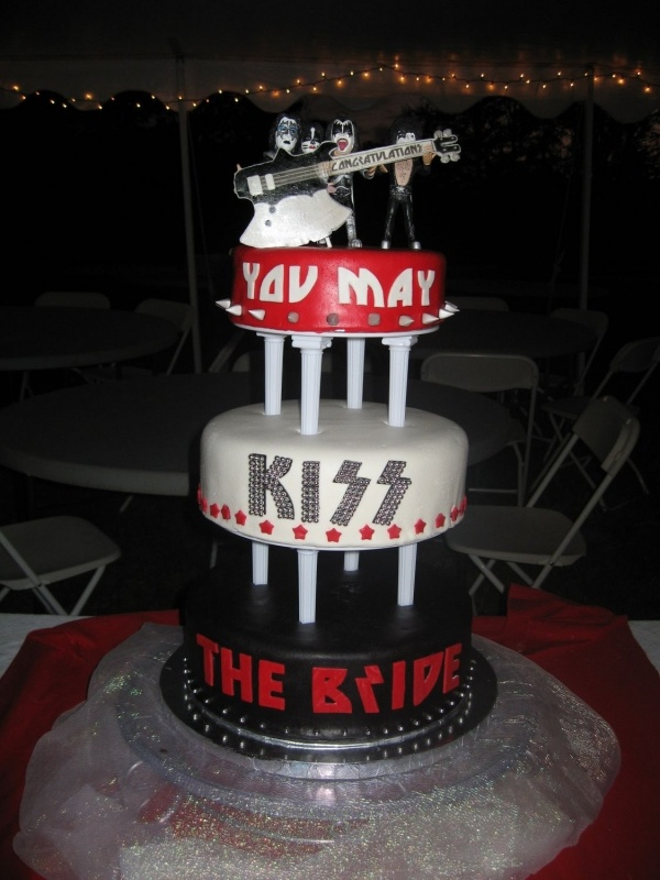 1000 Images About Rock Amp Metal Cakes M On Pinterest