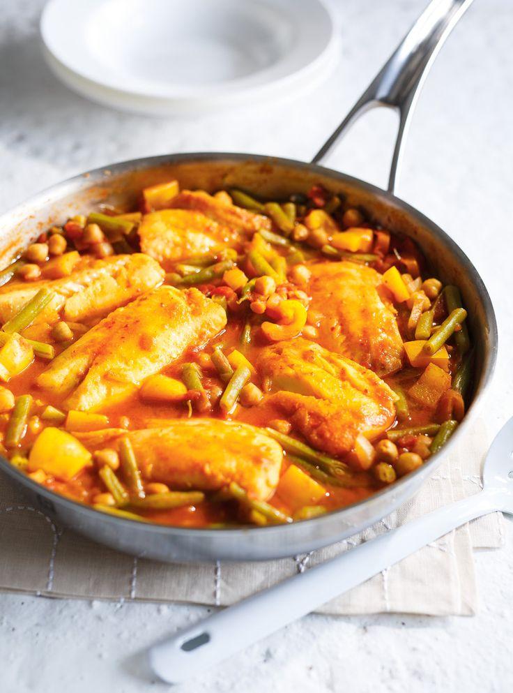 Recette de Ricardo de casserole de poisson aux tomates et aux haricots verts