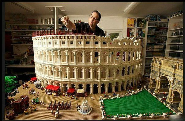 Coliseum, built from 200,000 pieces of Lego *