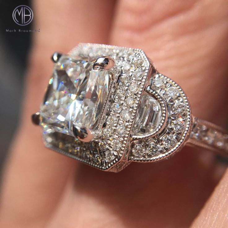 44 Best Engagement Rings On A Hand Images On Pinterest