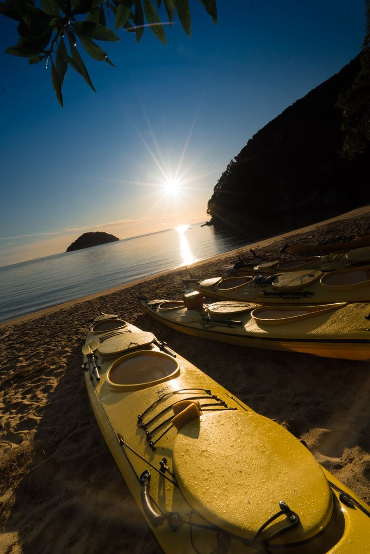 Kayaking at Onetahuti Beach in Abel Tasman National Park