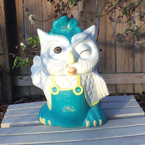 1970's Vintage Hard to Find White & Blue Vintage Winking Waving Wise Owl Cookie Jar i Overalls / California Originals Kitsch Kitchen Decor by ShowMeShabby on Etsy