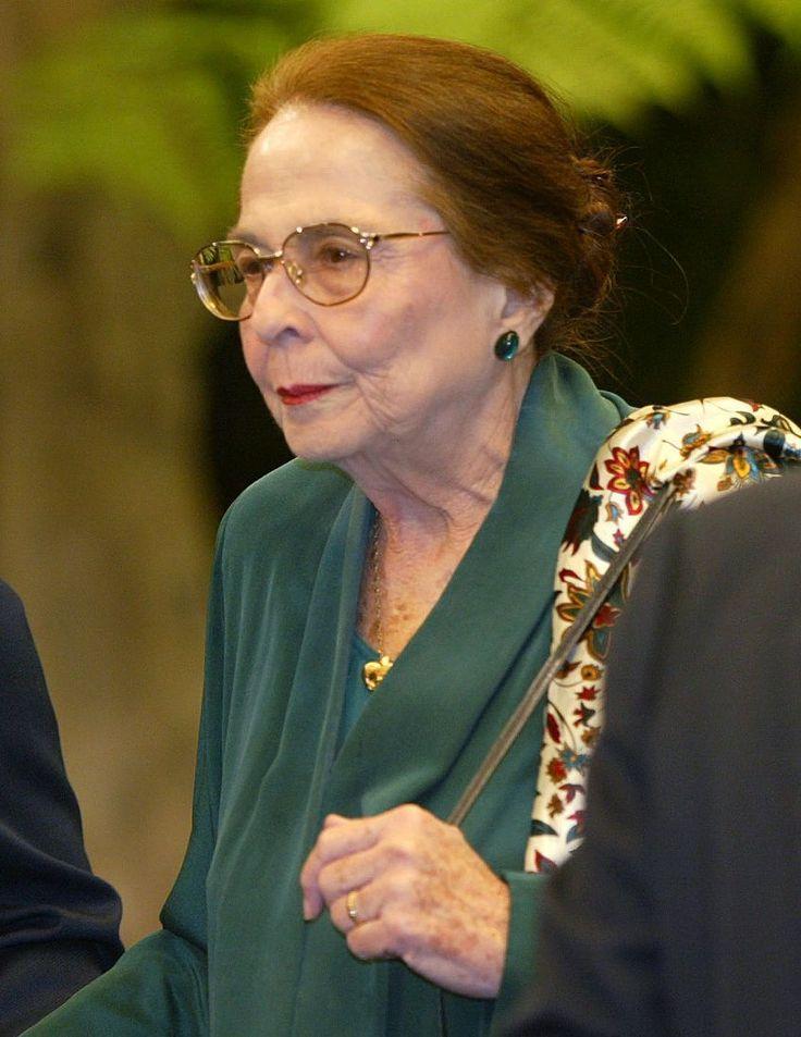Vilma Espín y los baños de la radio cubana