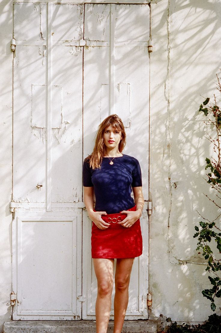 rouje true french girl style red skirt and navy top