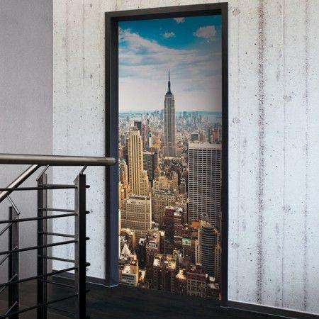 Hol dir die brillante Skyline an deine Zimmertür. #Skyline #Türfolie #Wadeco // http://www.wadeco.de/tuerdekoration-tuerfolie-skyline.html