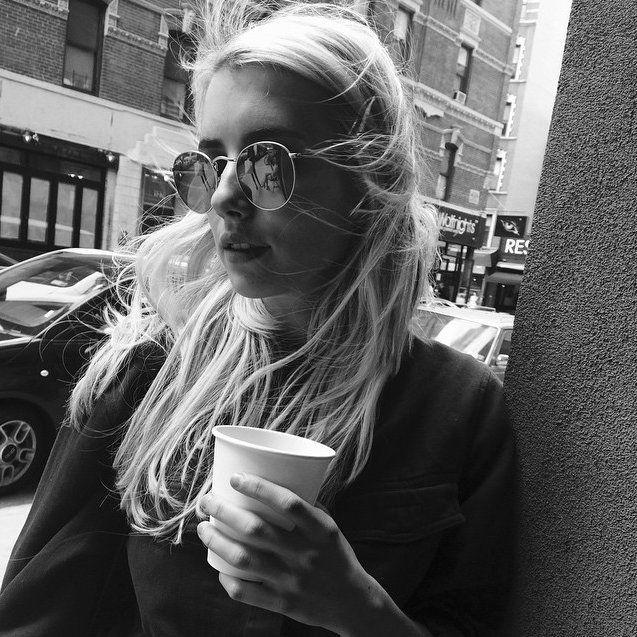 Pin for Later: Toutes les Stars Que Vous Devriez Suivre Sur Instagram Emma Roberts Suivez Emma: emmaroberts