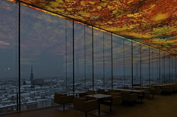 Von diesem Hotel blickt man auf eine der beliebtesten Städte für einen Kurztrip: das wunderbare Wien!    http://www.lastminute.de/hotel/145742-Hotel-Sofitel-Stephansdom-Vienna.html    © P. Ruault