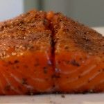 Cedarwood-smoked Salmon from the grill - FoodFamily