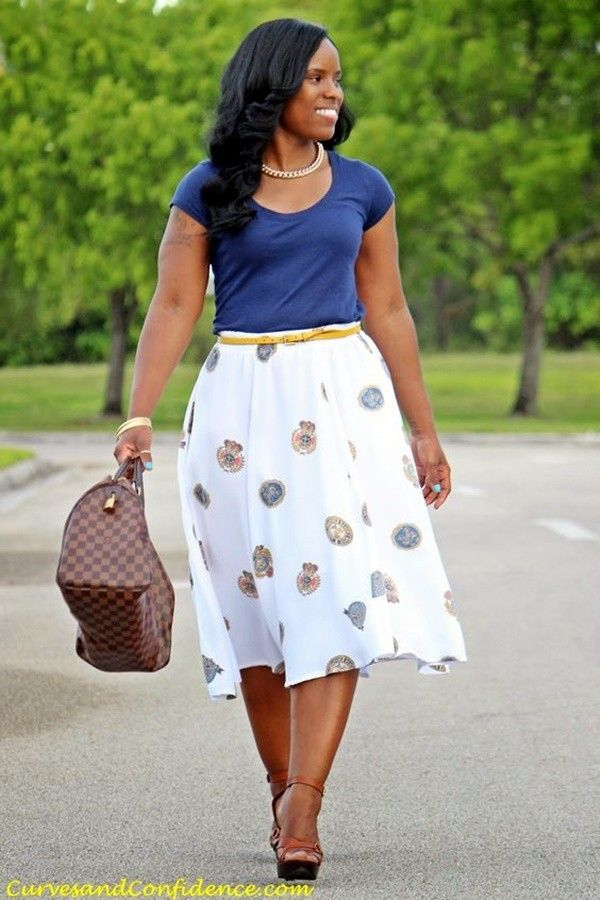 I like this style but I find it hard to find the right skirt for my height.