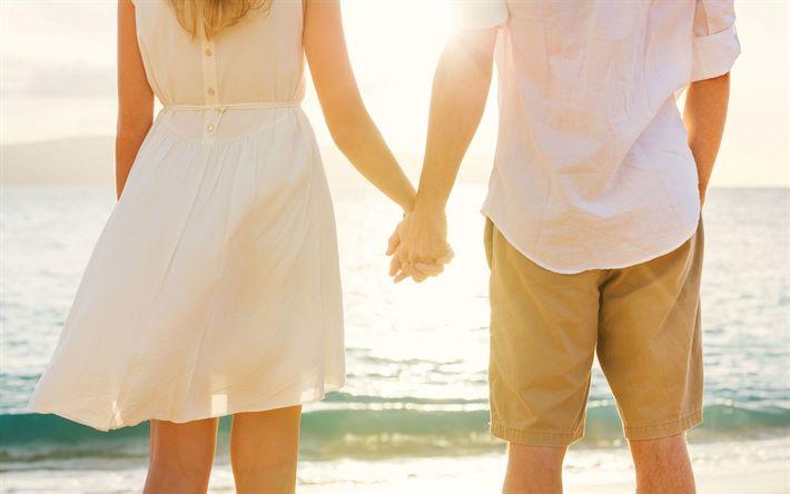Lataa kuva Pari rakastunut, mies ja nainen, sunset, illalla, kädestä, pari, meri, romanttinen matka