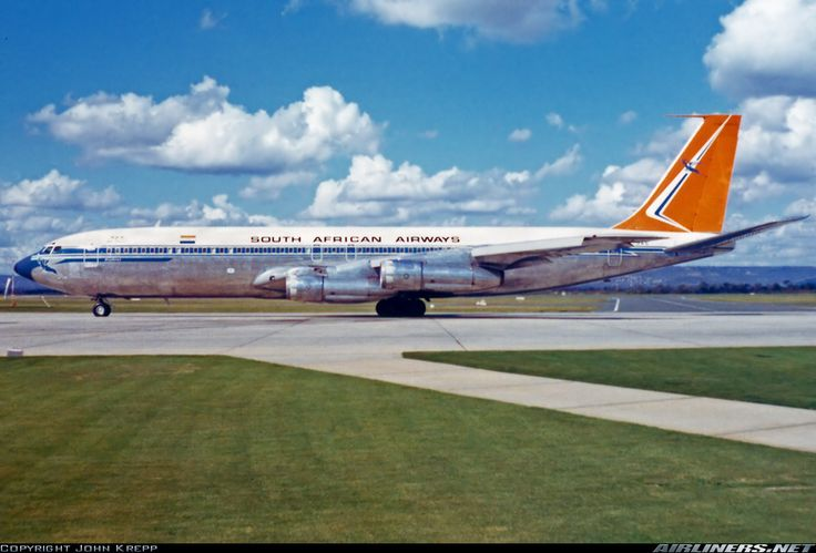 South African Airways Boeing 707-344B Perth Australia 1974