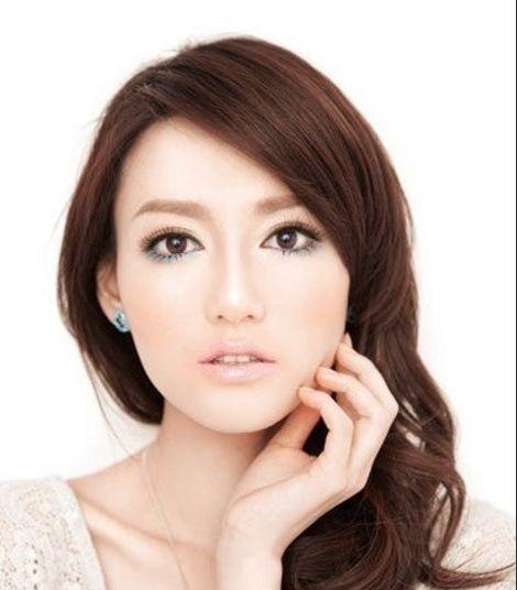 Simple steps to Japanese makeup makeup navy blue wind blowing