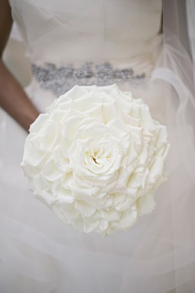 White and Gold Wedding Glamelia, Composite Petal Bouquet.  glamelia bouquet | Harwell Photography #wedding