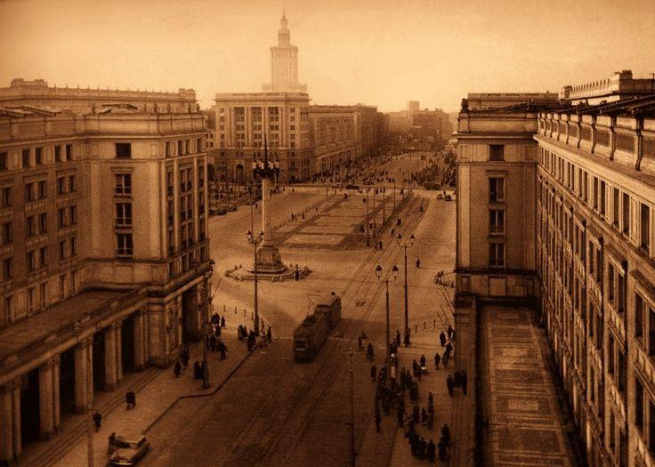 Marszałkowska / Plac Konstytucji. fot. 1954 r., źr. omni-bus.eu