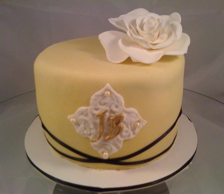 Birthday Cake - Yellow and White with Monogramm