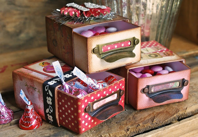 Sizzix: Die Cutting Inspiration and Tips: Valentines Day Vintage Candy Boxes