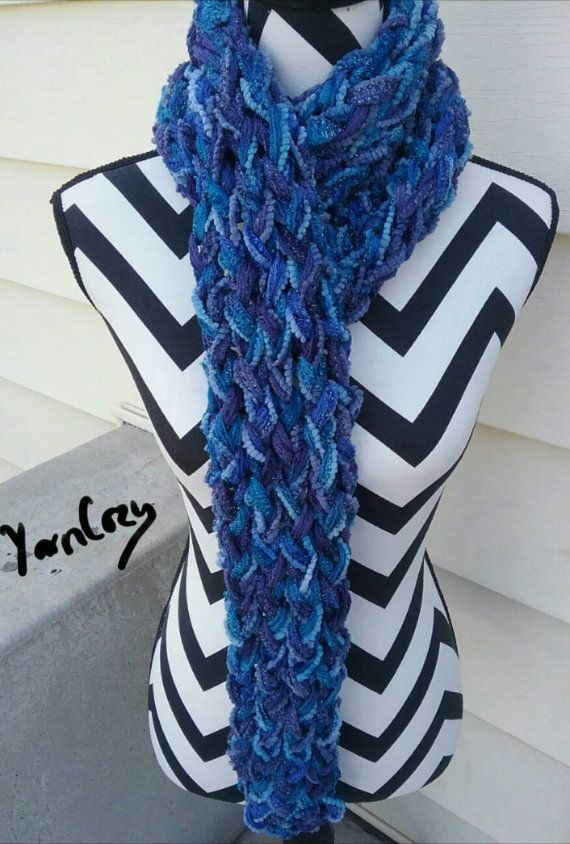 Check out this item in my Etsy shop https://www.etsy.com/listing/488976677/chunky-knit-scarf-blue-scarf-winter