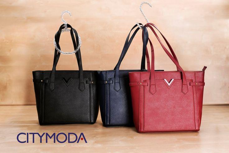 Vieni nei nostri #store e scegli una di queste comode #fashionbag!