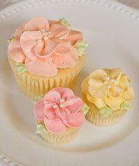 Pretty buttercream flower cupcakes.