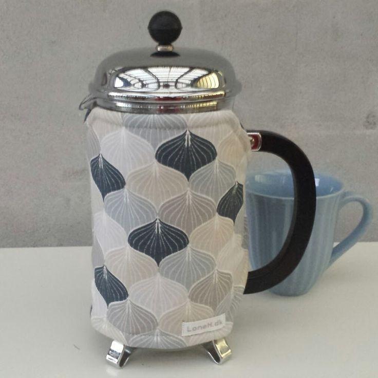 Kaffehætter, kaffefrakke og tehætter i flotte tekstiler
