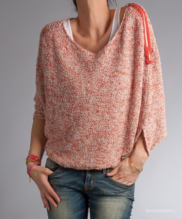 Vadi Top LightCoral MET