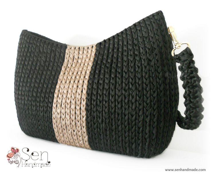 Handmade crochet bag on canvas Find more at www.senhandmade.com