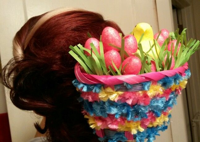 Homemade holiday hair accessory for Easter. It's a real Peeps! Asthecurlturns.com Facebook.com/victoryroll Doordyesalon-sj.com