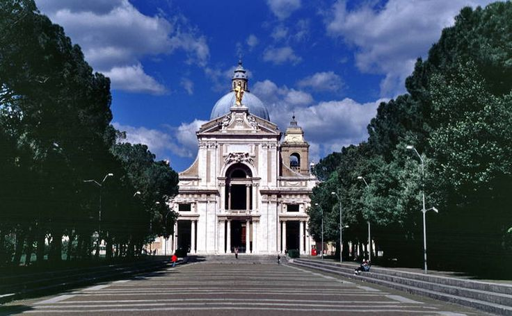Assisi, the Basilica of San Francesco and Other Franciscan Sites