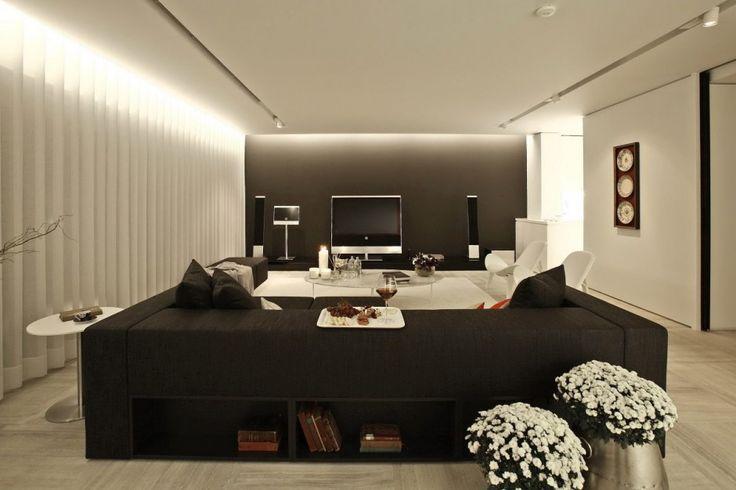 : White Chairs, Modern Living Rooms, Houses Interiors, Tanju Özelgin, Interiors Design, Coff Tables, Interiors Moderno, Rooms Interiors, Back Details