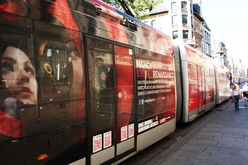 Bonjour Nancy ! Tous les jours à 10 h une nouvelle photo de la ville de Nancy - Ville de Nancy - Tram Renaissance