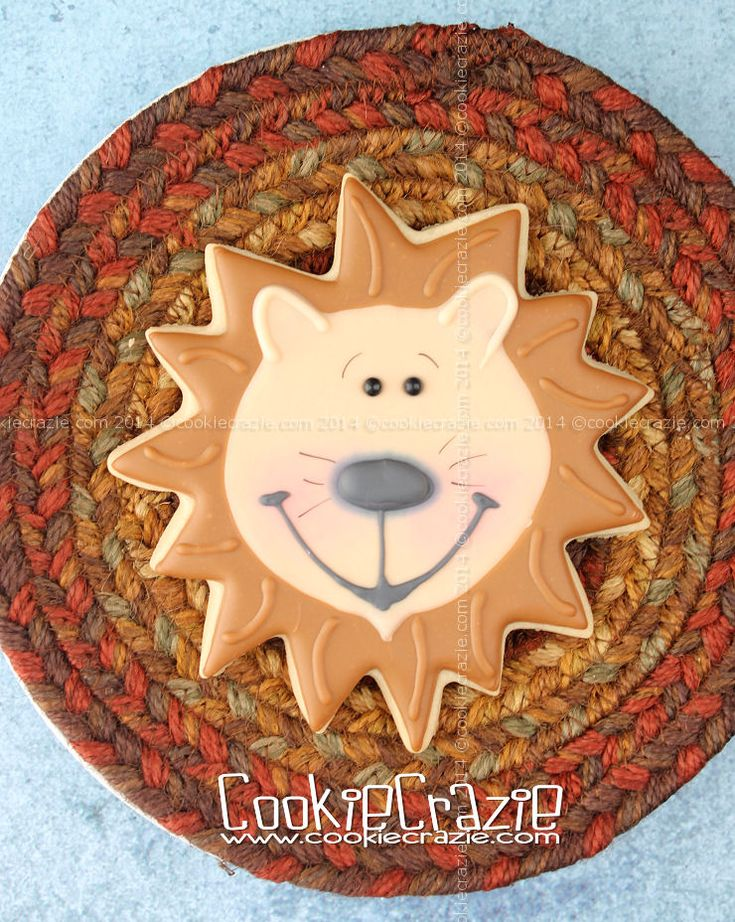 Here's a second Jungle Buddy.......Mr Lion. :) I used a huge sunflower cookie cutter ......but even a flower cutter will work well....
