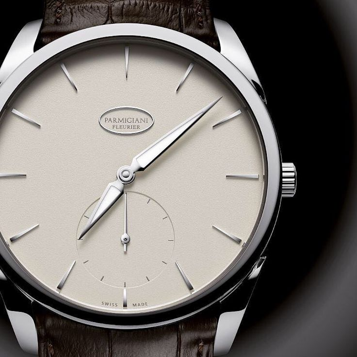 With an extra thin automatic movement the Parmigiani Fleurier Tonda 1950 1950 embodies a return to the basics of classic watchmaking