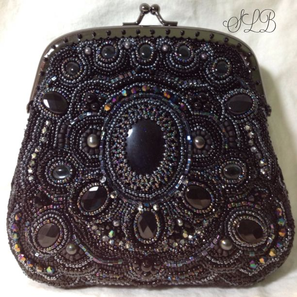 Caged Midnight beaded purse. By Stephanie Bancroft