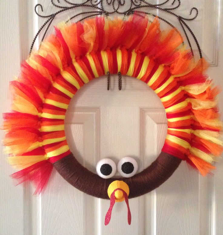 Turkey Tulle Wreath OMG kimmie lets get this idea going!!!!!