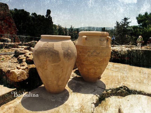 huge greek pots